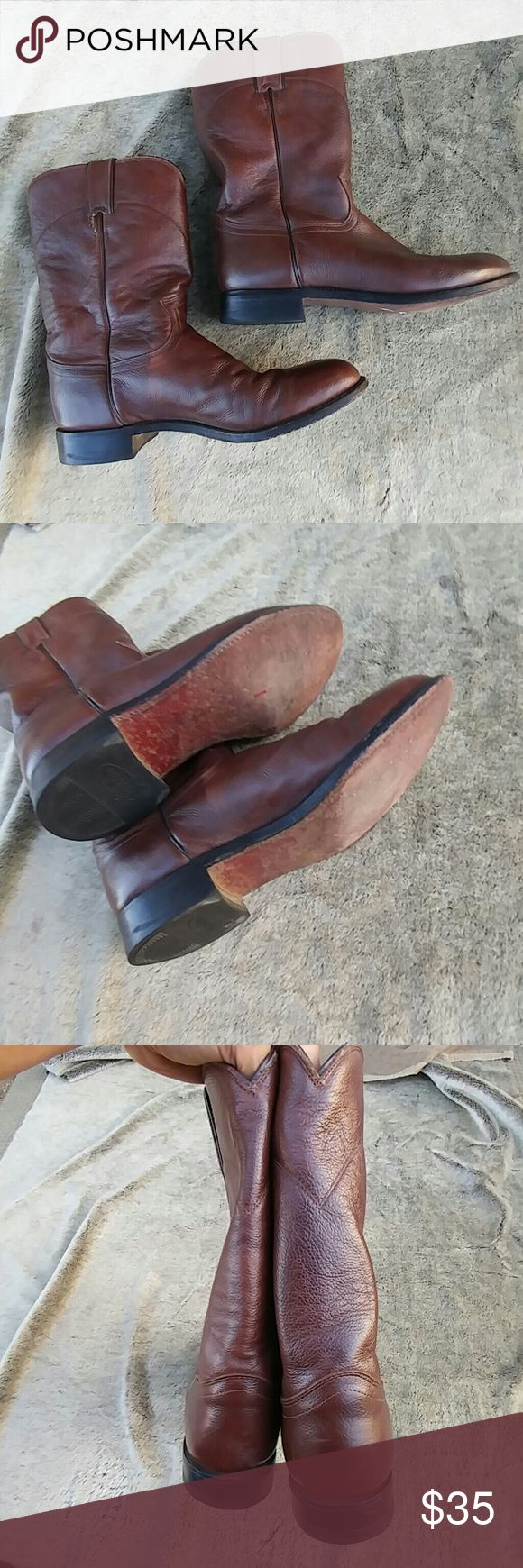 Justin Tan Corona Roper boot Pre owned Justin boots for men size 9 in great condition. One scuff on toe**see pics for details** everything else is in excellent condition. Justin Boots Shoes Boots