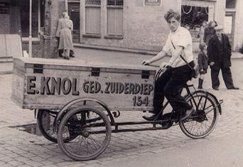 Bakkerij Knol een begrip in Groningen toen en nu nog steeds! Vooral de Groninger koeken!
