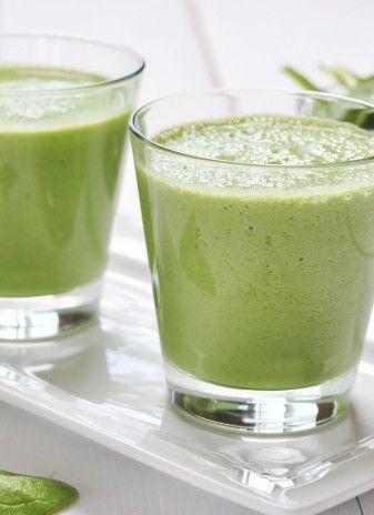 Sucuri naturale verzi. Retete energizante pentru zile grele