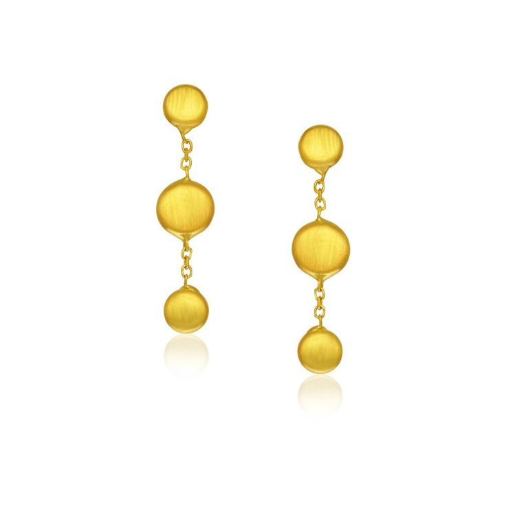 A delightful pair of drop earrings showcasing pebble motifs with satin finish. Positively charming in 14K yellow gold. Secured with push backs.Specification App