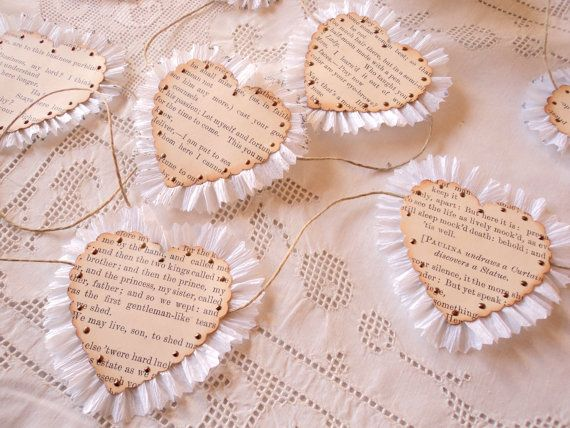 Shakespeare Hearts. Garland of Antique Shakespeare Pages, Ruffled Hearts