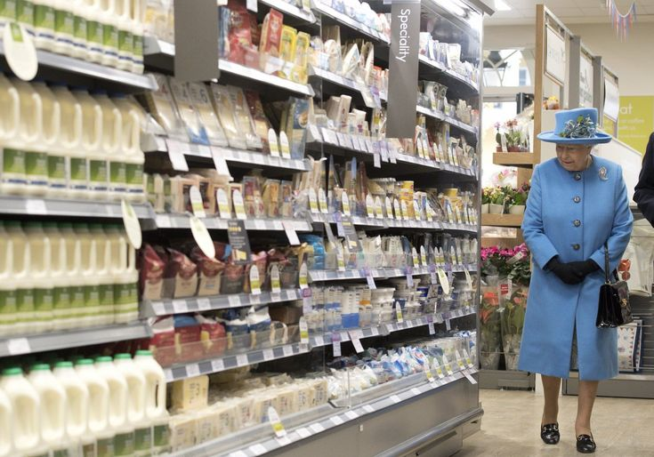Finally, the internet went crazy when she visited a Waitrose supermarket during a visit to the town of Poundbury, Britain last year...