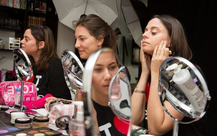 Cours de maquillage paris - http://lookvisage.ru/cours-de-maquillage-paris/ #Cheveux #Beauté #tendances #conseils