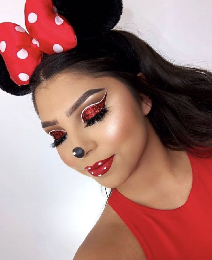 Happy Halloween! Here are the best Halloween makeup looks to copy today