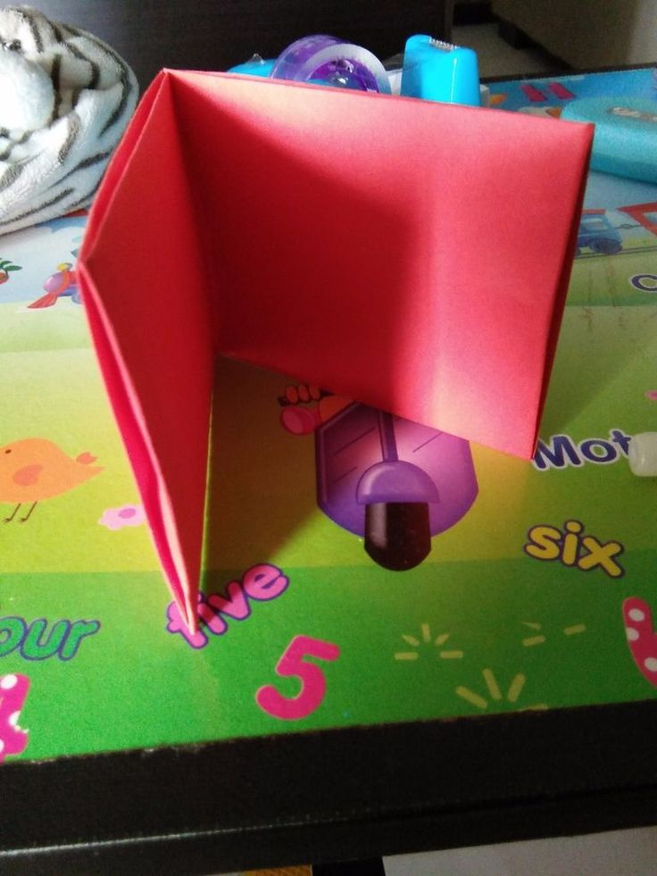 Make a wallet out of paper for your cash register games!