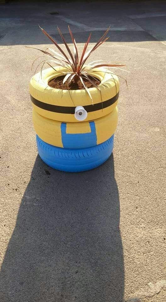 Minion tyre