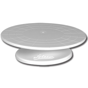 """Ateco 610 12"""" Revolving Plastic Cake Stand      Ateco 610 12 inch Revolving Plastic Cake Stand  See Image Comment    More images - rollover for full size- click to view larger image        Ateco 610 12 inch Revolving Plastic Cake Stand Thumbnail 1      Ateco 610 12 inch Revolving Plastic Cake Stand Thumbnail 1        View Larger Image      Email to a Friend    More Sharing Services Share on twitter Share on reddit Share on pinterest     Details    This Ateco (August Thomsen) 610…"""