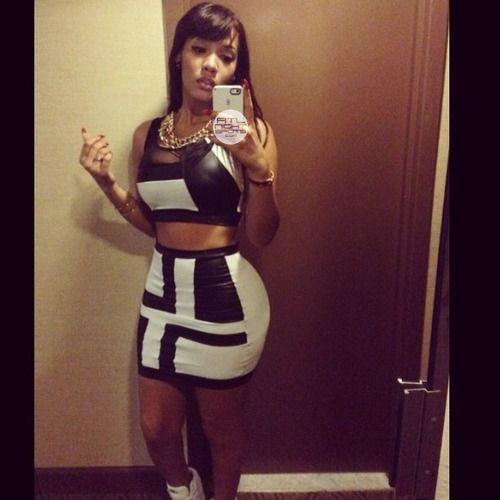 yaris sanchez instagram - Google Search | Dresses, Fashion