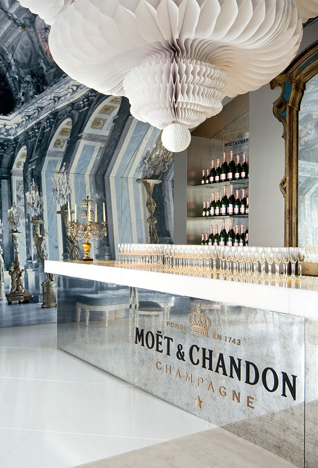 Gloss Creative | Moet & Chandon 'L'Esprit Des Miroirs' Marquee #glosscreative #moetandchandon #setdesign #creativedirection #event #installation