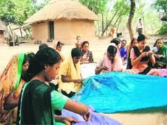 We trained how they earn money from KATHA SREETCH saree making from their home.