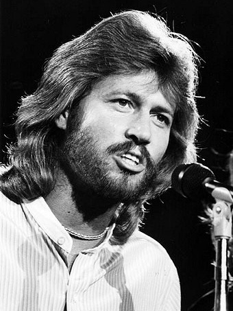 Barry Gibb - beautiful guy, beautiful voice and music!  I <3 him and his brothers!