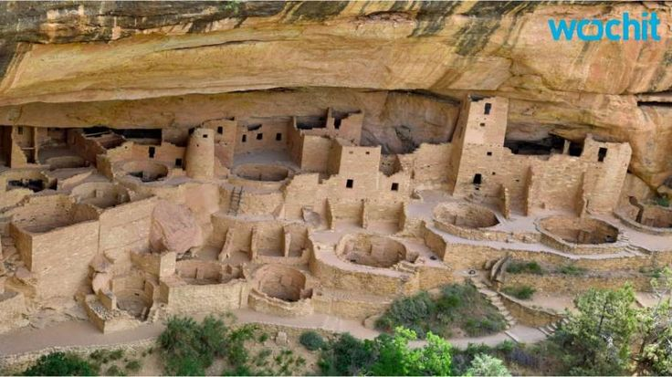Colorados mesa verde national park highlights the cliff