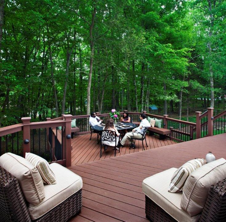 Multi Tiered Backyard : Trex Transcends multitiered deck with Trex railing and Deckorator