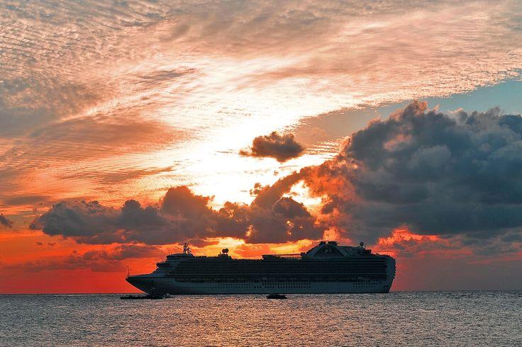 Yucatan's sunset by Vladlen Tsiskarishvili on 500px