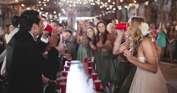 4 Lustige Hochzeitsspiele Fur Amusante Momente Und Gute Erinnerungen