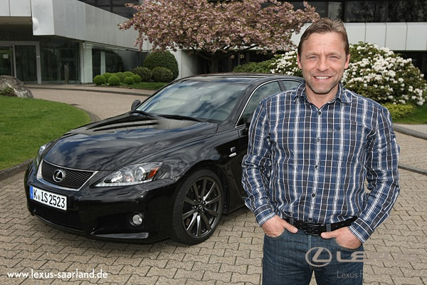 Thomas Häßler fährt Lexus  IS F  www.lexus-saarland.de