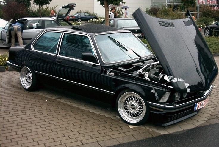 BMW E21 on BBS RS's...