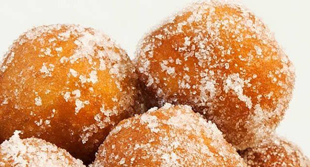 Buenos días chic@s!! Hoy preparamos unos #buñuelos de viento. Te apuntas?? #receta #recipe #food #dessert #postre #dulce #delicious #taste     http://eldesvandevicensi.blogspot.com.es/2014/10/bunuelos-de-viento.html