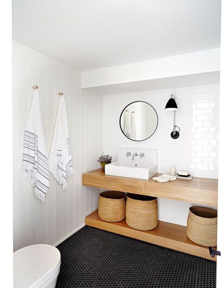 white bathroom that prove all white is never go wrong 01
