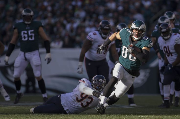Fantasy football start/sit advice Week 13: What to do with Zach Ertz