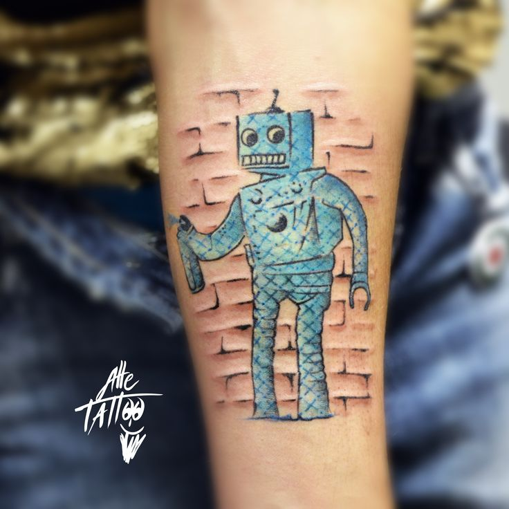 robot banksy done by alletattoo limidi modena tattoo tatuaggio tattooideas