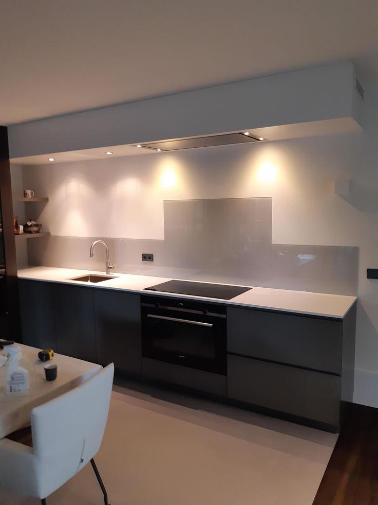 Küchenrückwand nach Mass   weiss   Küchenrückwand, Küchen ...