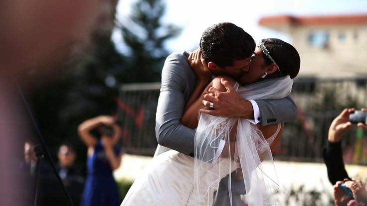 Joel et Moriah. (7.7.2013). On a beautiful Sunday afternoon I had the honor of filming Joel Smallbone and Moriah Peters' wedding along with ...