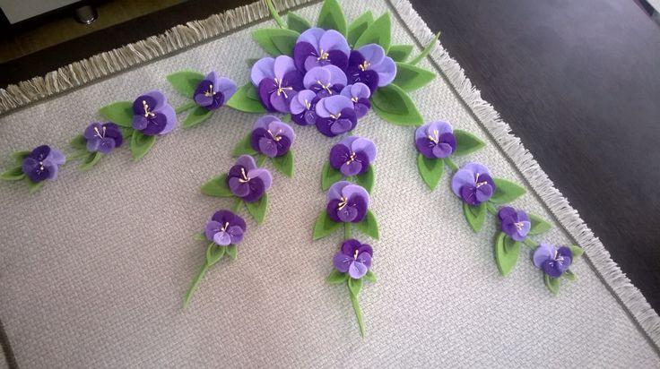 Keçe işi masa örtüsü,Menekşe , violet