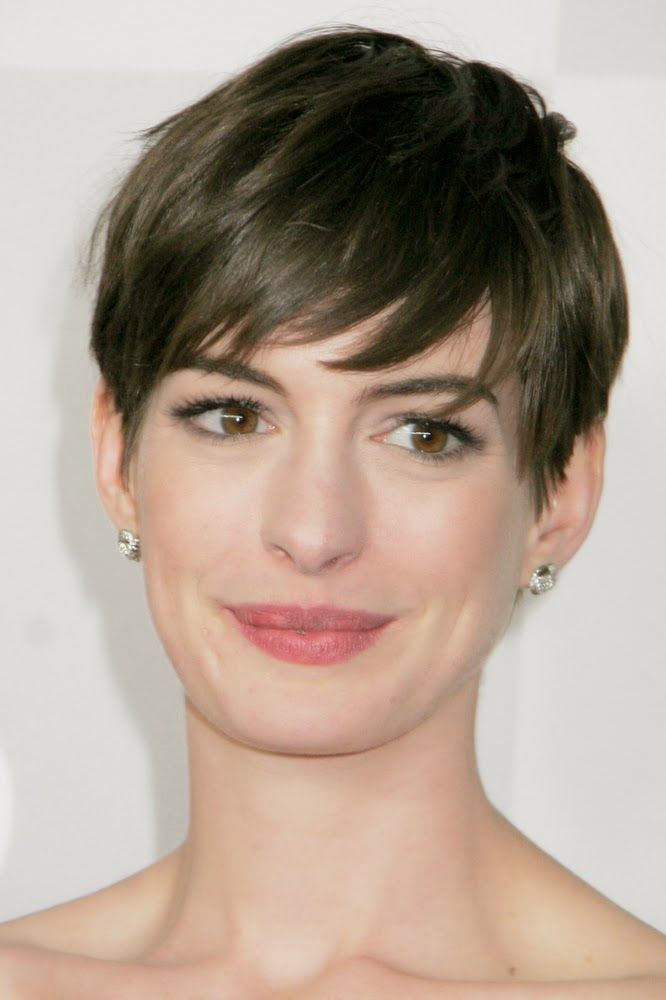 Celebrity short haircuts for round faces - Short and Cuts ...