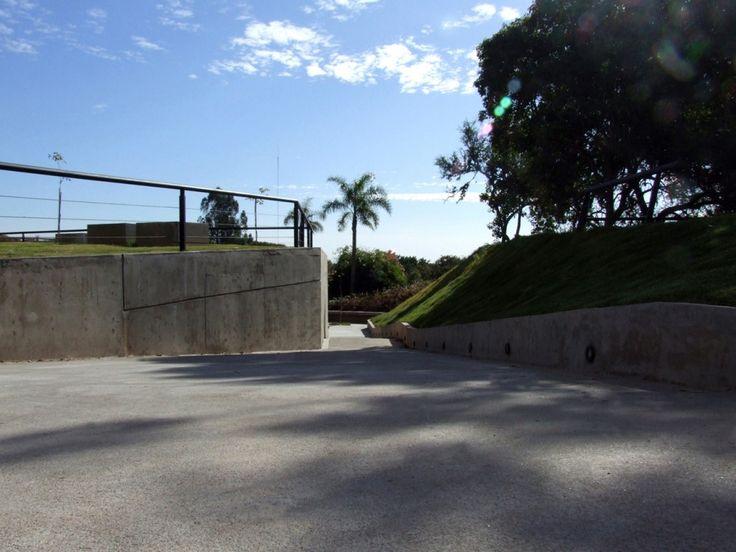 Baños Públicos Parque Urquiza / Diego Jobell