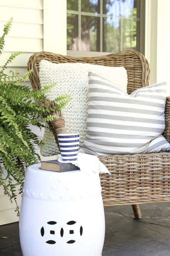 Front Porch Decorating - Rooms For Rent blog
