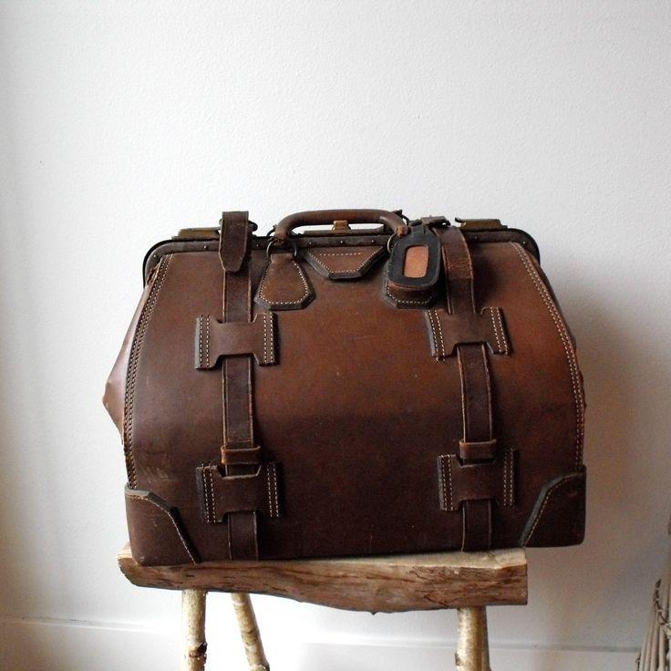 Best 25  Vintage leather bags ideas on Pinterest | Vintage leather ...