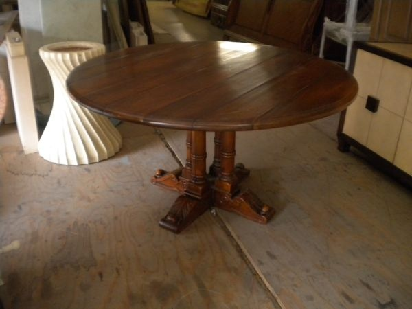 Made Of Walnut Approx 54 In Dia 30 Tall As New Selling