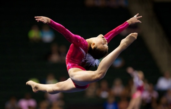 Fit Motivation: Train like an Olympian (Pictured: Kyla Ross, 2012 US Gymnastics National Team Member)Olympics Gymnastics, Amazing Weights, Gymnastics 2012, Kyla Ross, Lose Weights, Younger Kyla, Women Gymnastics, Fit Motivation, Weights Loss
