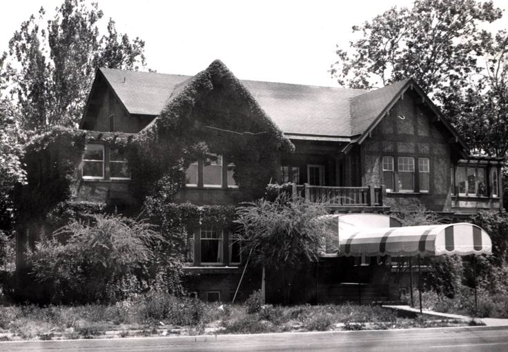 The steele house once at 1521 j street for a while it for House modesto