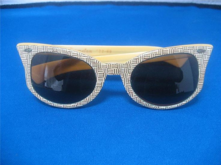 Vtg 50s American Optical Cosmetan CAT EYE Creamy Yellow Gold Glitter Sunglassess #AmericanOpticalCosmetan #CatEye