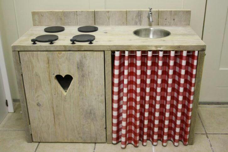 Keukentje ook leuk voor buiten! Vraag een offerte aan bij Stoereplanken.nl