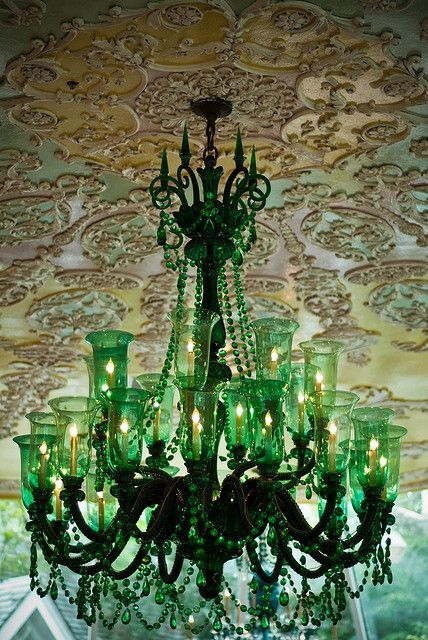 Chandelier, Tavern on the Green, NYC. Photo by Stephen Vance.