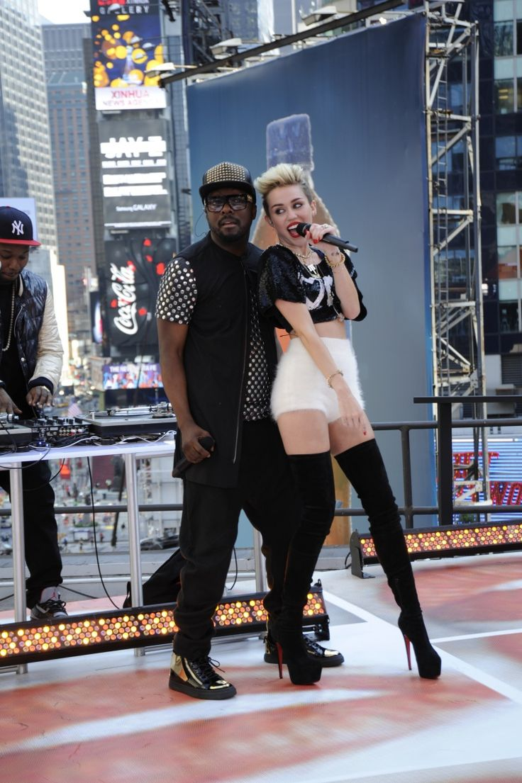 Will.i.am And Miley Cyrus | GRAMMY.com