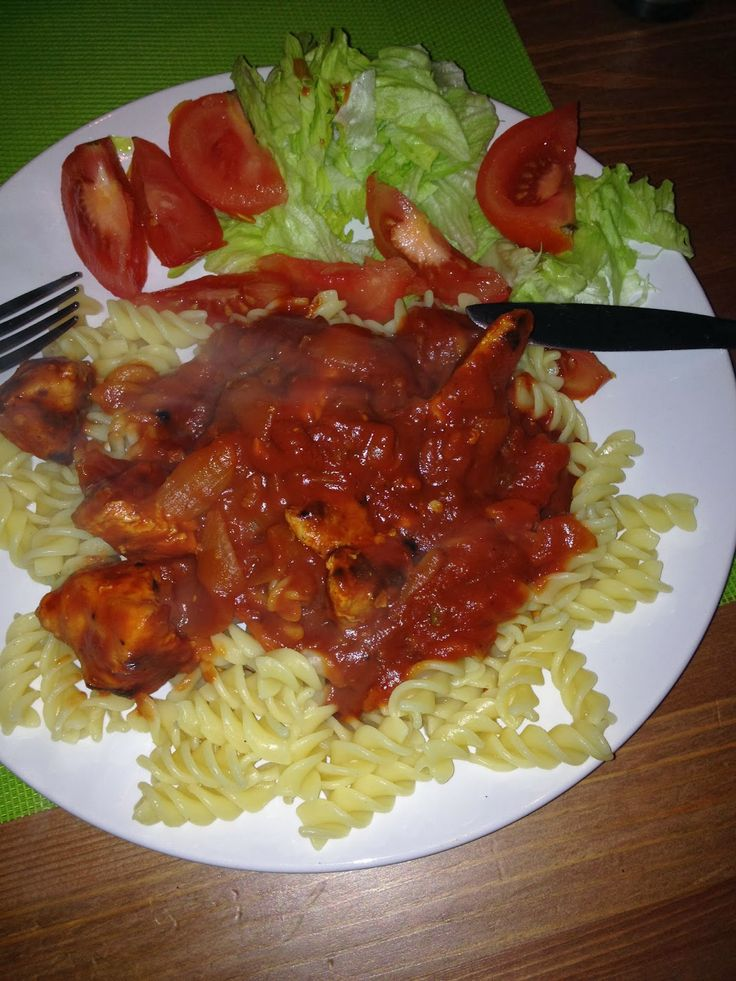 Slimming world syn free arrabiata sauce.  Easy to make and delicious!