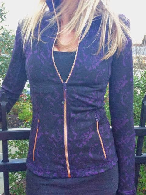 Deep Zinfandel Beautiful Baroque Forme jacket