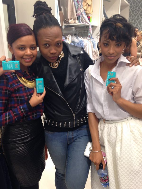 Fashionistas #CrystalKasper, RoxanneFrancis and celeb stylist #KgosiModisane at the #niccisummer14 launch with #MoroccanOil sponsored product