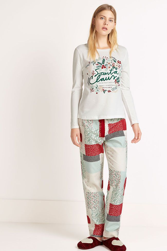 [OYSHO] Estas Navidades no pases frío en casa con la colección de pijamas de Oysho En #Modalia | http://www.modalia.es/marcas/oysho/9692-oysho-pijamas-navidenos-coleccion.html