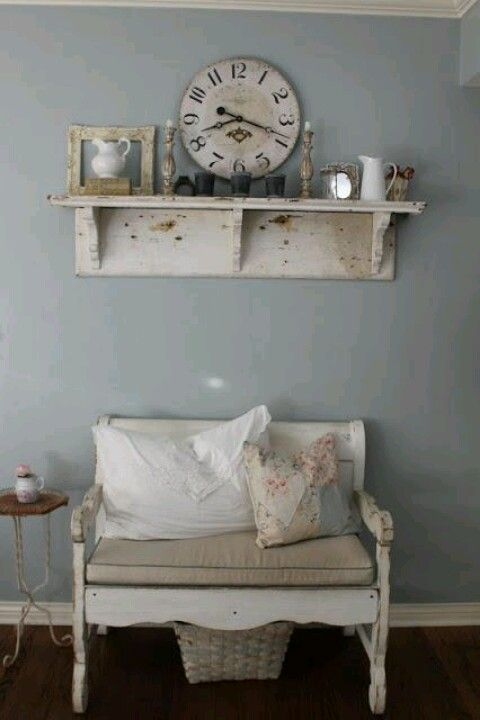 I love this bench and well, the whole little space!