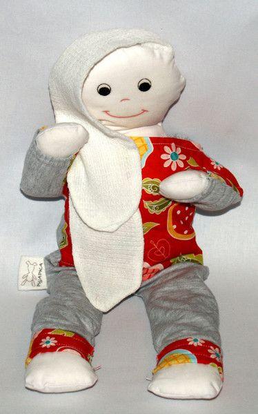 Pujapka z uszkami tetrowymi w Pujapka na DaWanda.com