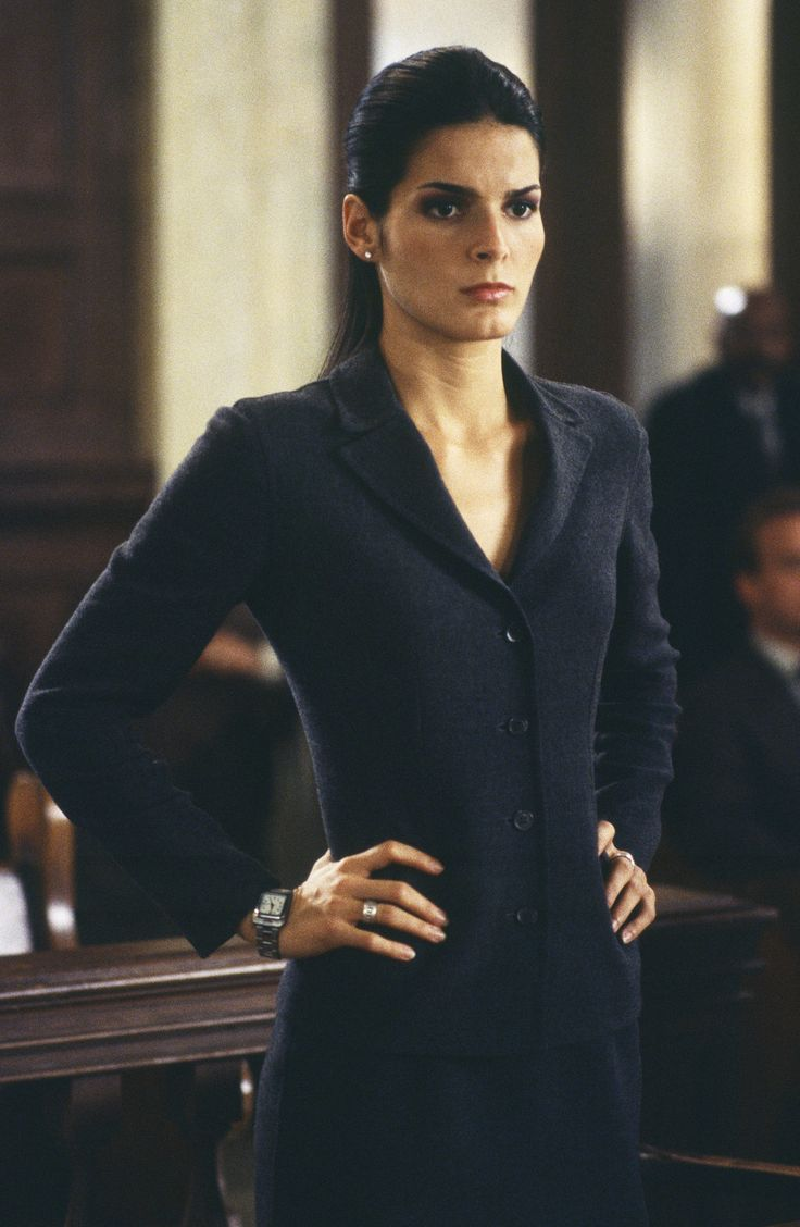 Angie harmon smoking car tuning - Angie Harmon As Abbie In Law Order Svu