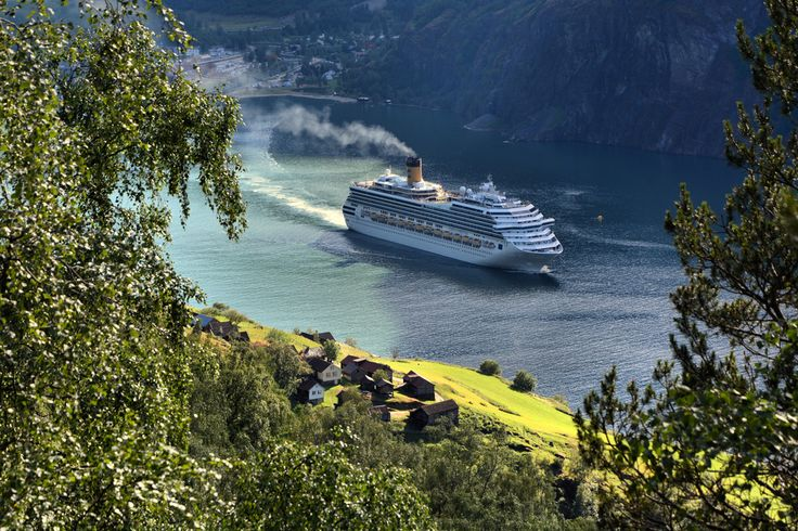 Costa Fortuna has just left Flåm