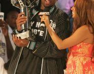 Dwyane Wade with Trophy and La La