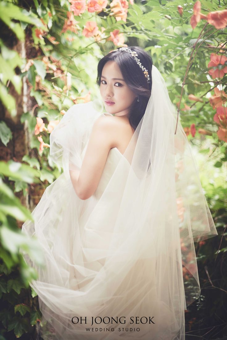 이리나 신부님의 결혼을 진심으로 축하드립니다  Photographed by Oh Joong Seok Wedding Studio  02-569-6030  서울시 강남구 역삼동 614-7