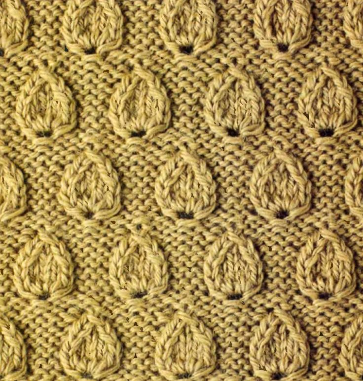 Рельефный узор с листьями спицами 11
